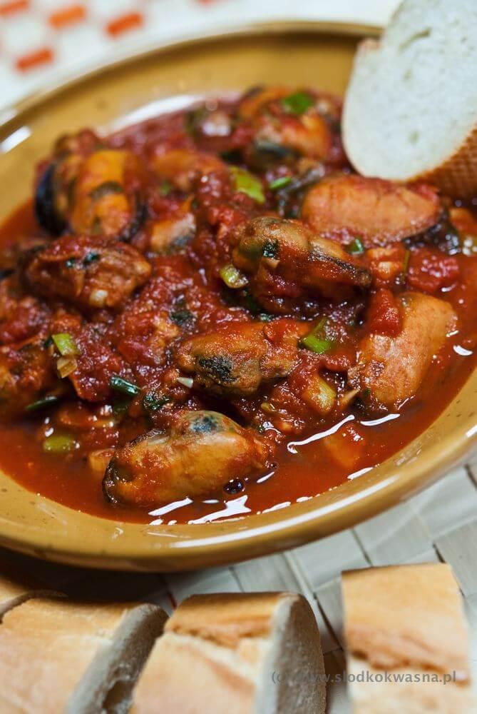 fot marszull com DSCF7550 Małże z trawą cytrynową w sosie pomidorowym