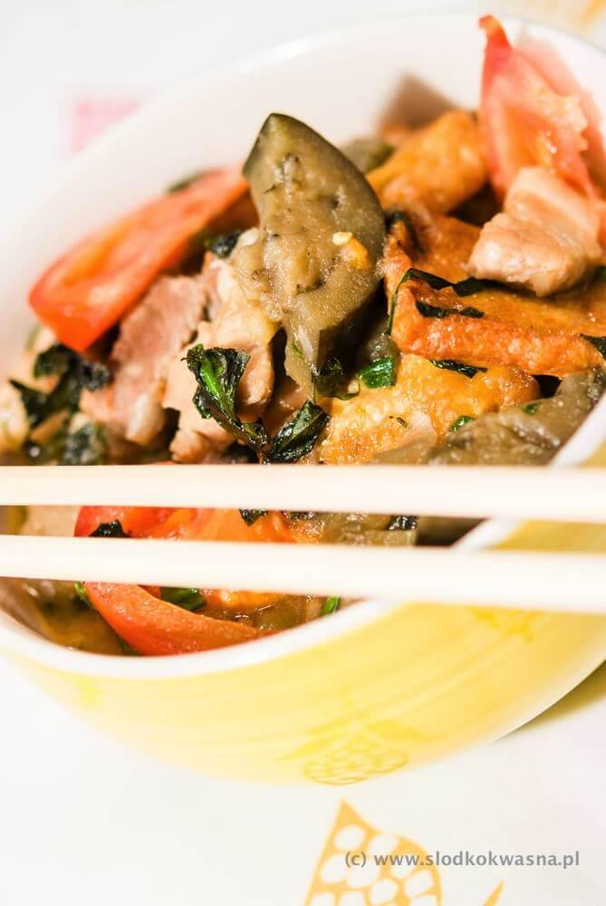 fot marszull com DSCF9439 Ca Bung potrawka z boczkiem bakłażanem i tofu