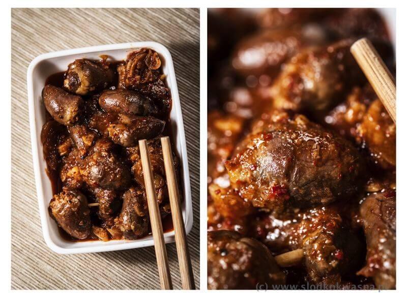 fot cookandwatch com gulasz z serduszek Gulasz z serduszek kurzych na azjatycką nutę