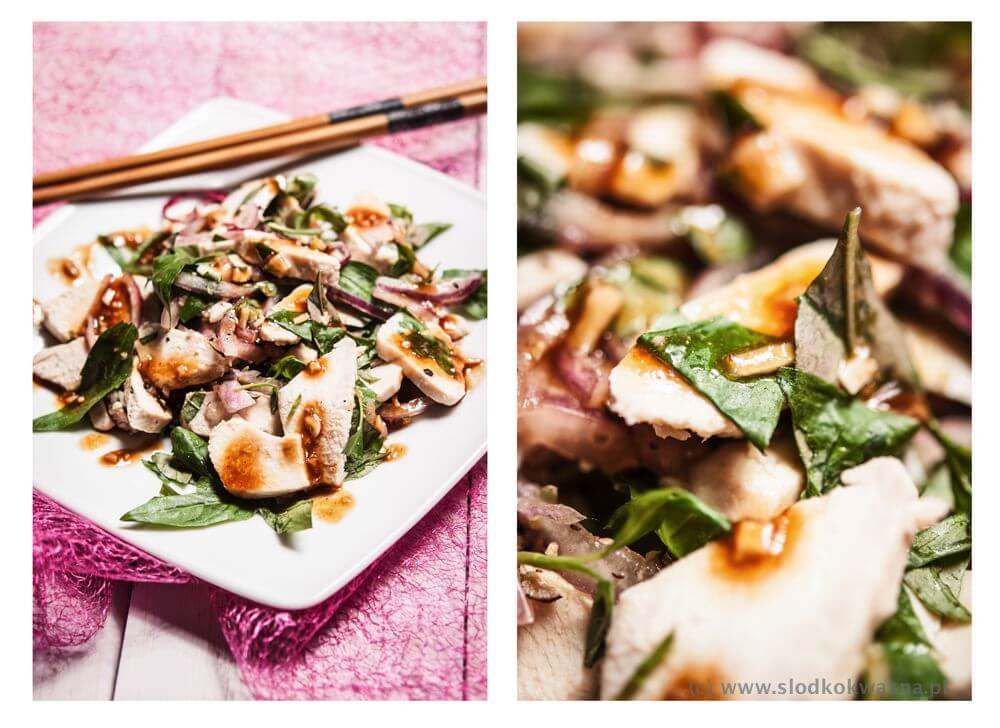 fot cookandwatch com salatka z kurczakiem i rau ram Sałata na upały
