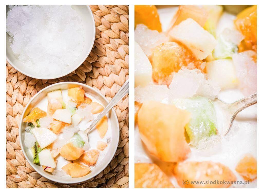 fot cookandwatch com owoce w mleku kokosowym z lodem hoa qua dam Owoce w mleku kokosowym z lodem (hoa qua dam)