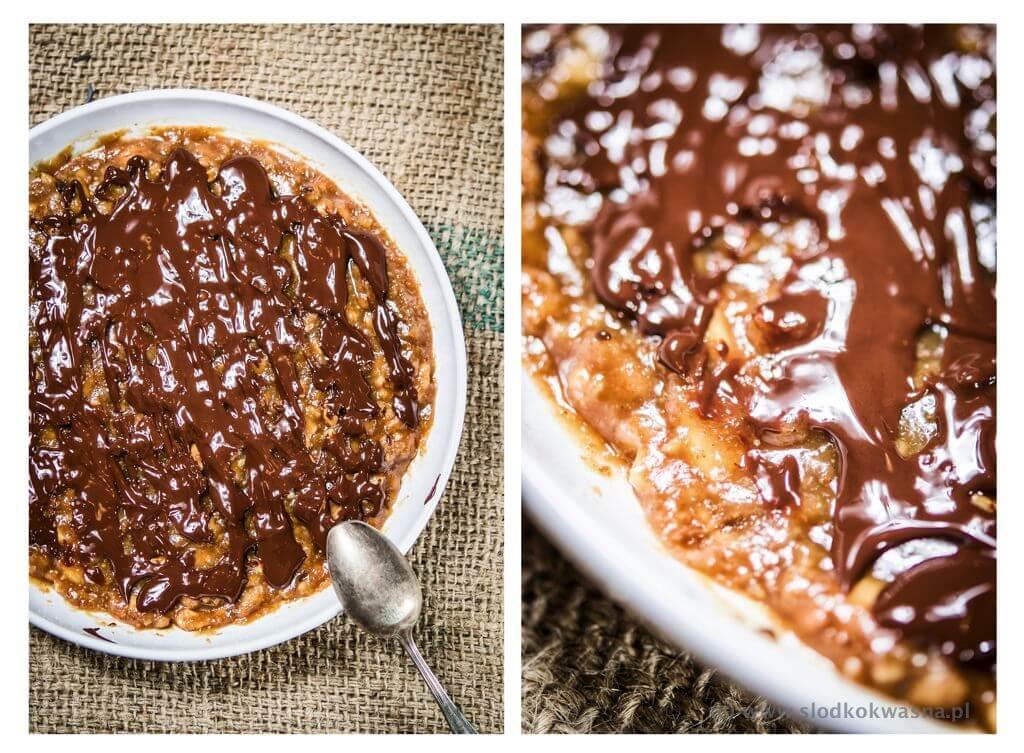 fot cookandwatch com solony karmel sosem rybnym polewa z czekolady Karmel solony sosem rybnym