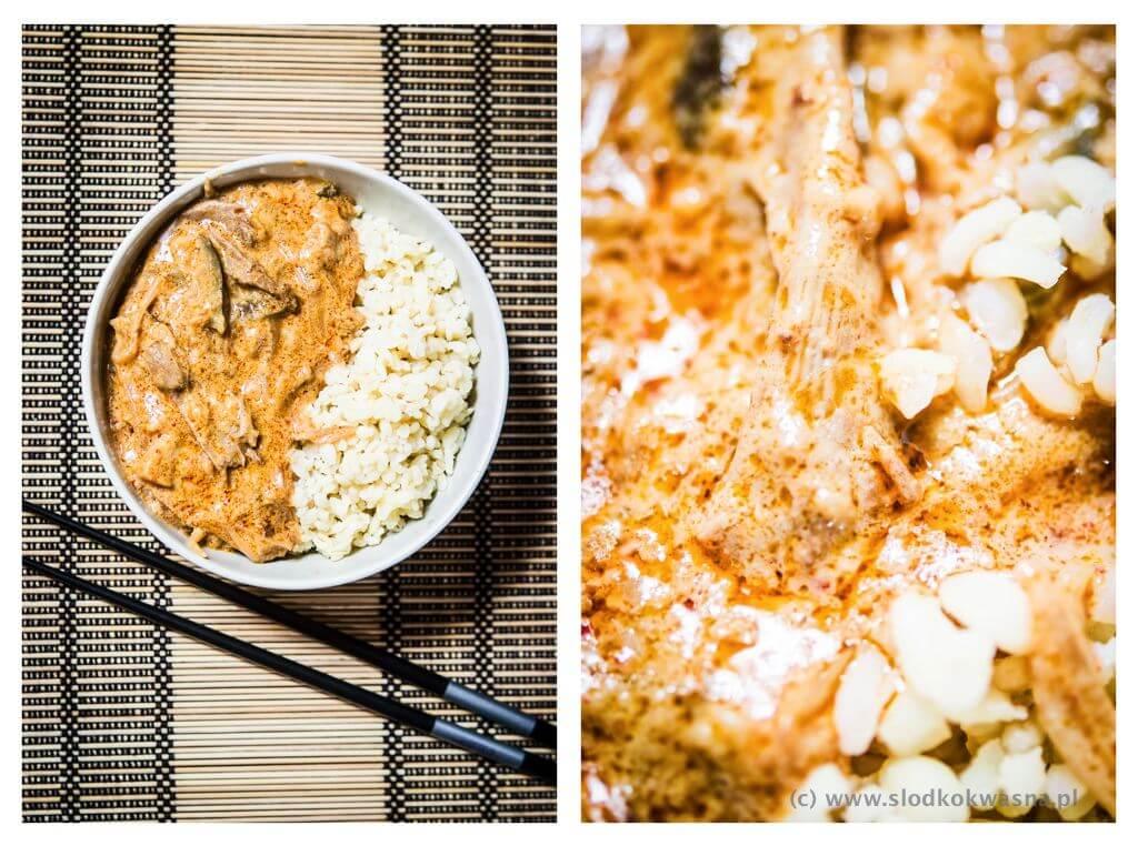 fot cookandwatch com boczniaki i baklazan tom yum i mleko kokosowe2 Potrawka z bakłażanem, boczniakami i pastą tom yum