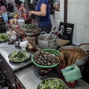 VIET2839 290x290 Gdzie w Hanoi coś dobrego zjeść i wypić   część 1                          ..............................................................                                                 Hanoi   good places where you can eat and drink   Part 1