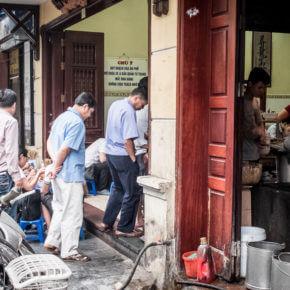 VIET3504 290x290 Gdzie w Hanoi coś dobrego zjeść i wypić   część 1                          ..............................................................                                                 Hanoi   good places where you can eat and drink   Part 1