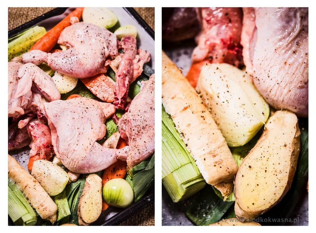 Wstawiamy do pieczenia warzywa i kurczak na czarny bulionPodpieczone warzywa i kurczak na czarny bulion