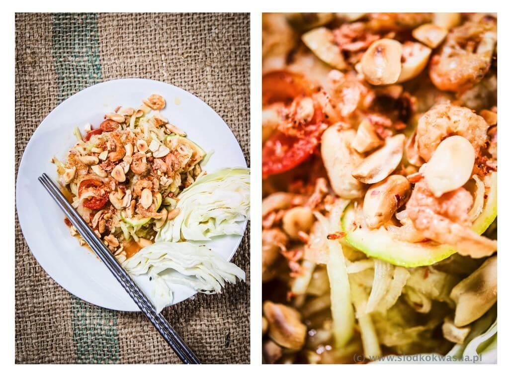 fot cookandwatch com som tam salatka tajska Som tam czyli sałatka z zielonej papai lub kalarepy