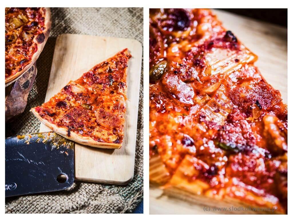 fot cookandwatch com pizza kimchi chorizo 002 Pizza z kimchi i chorizo