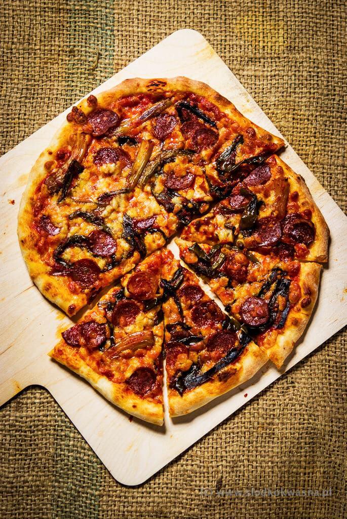 fot cookandwatch com DSCF1212 New York pizza. Klasyczna pizza w stylu nowojorskim