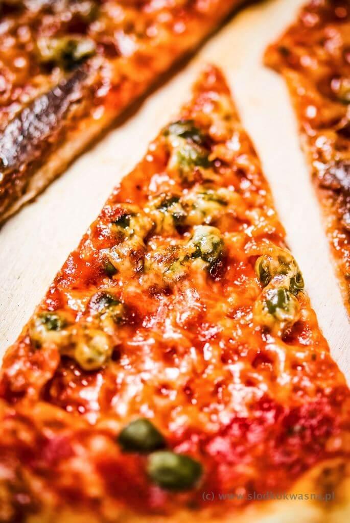 fot cookandwatch com DSCF1392 New York pizza. Klasyczna pizza w stylu nowojorskim