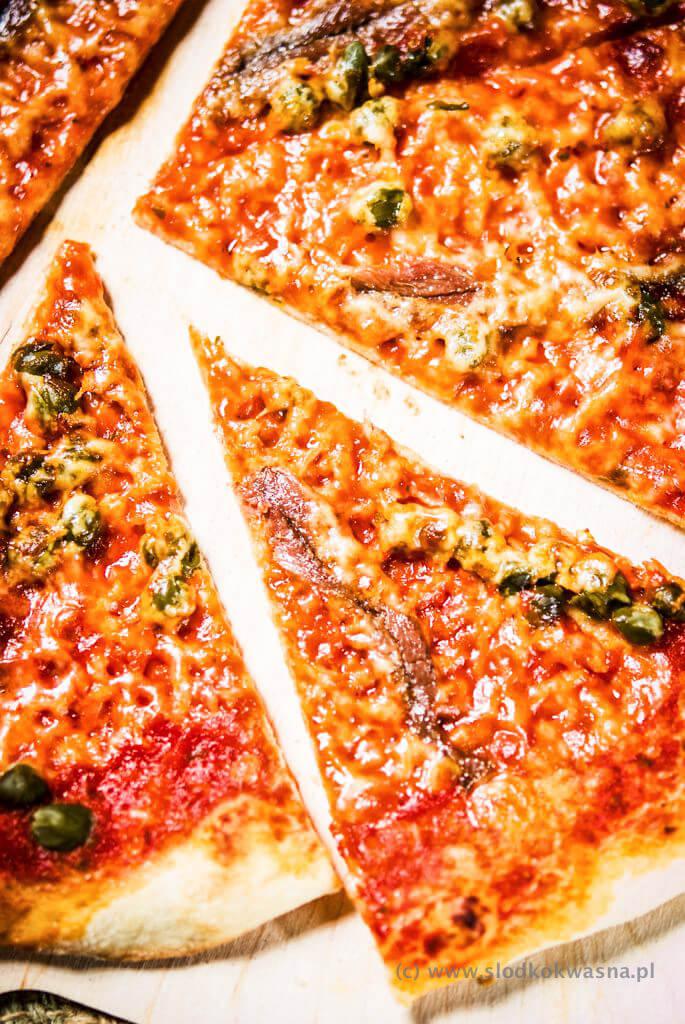 fot cookandwatch com DSCF1398 New York pizza. Klasyczna pizza w stylu nowojorskim