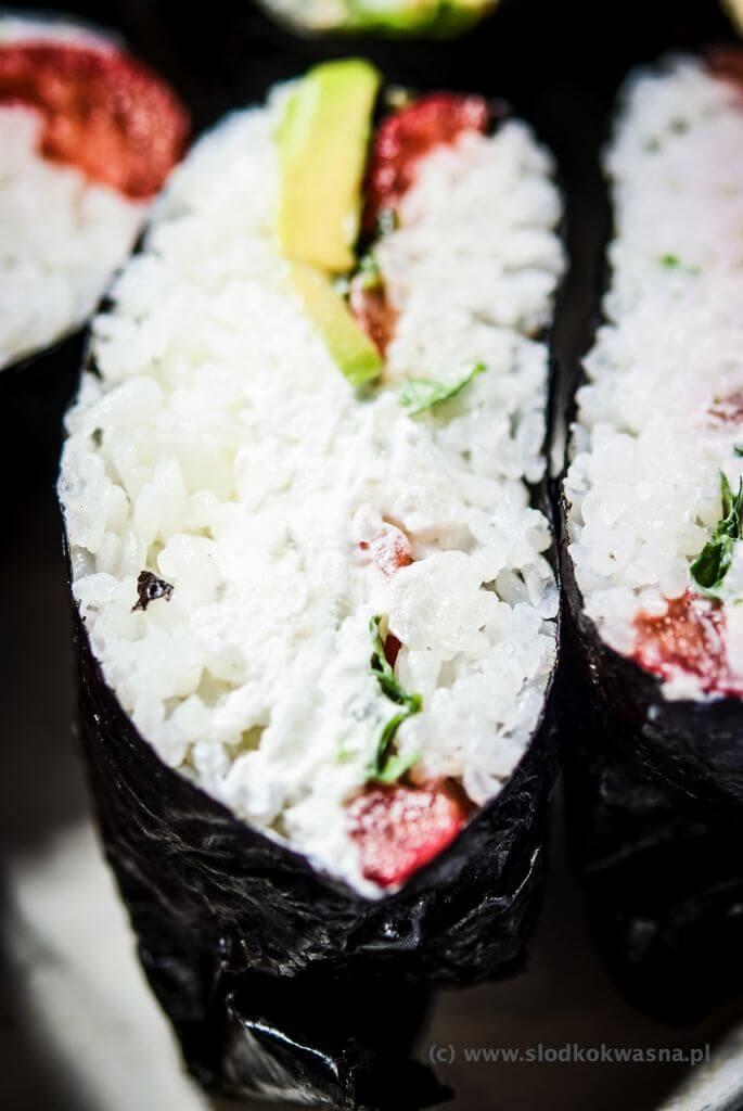fot cookandwatch com DSCF2438 Onigirazu czyli ryżowe kanapki