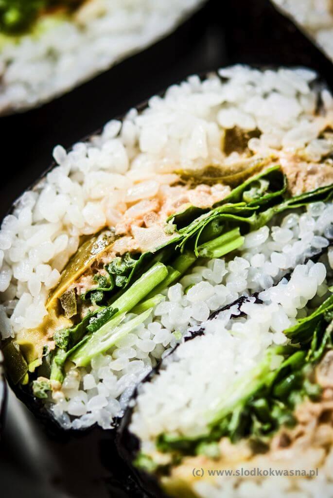 fot cookandwatch com DSCF2440 Onigirazu czyli ryżowe kanapki