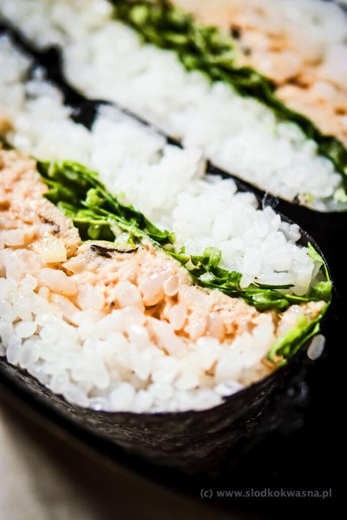 fot cookandwatch com DSCF2471 Onigirazu czyli ryżowe kanapki