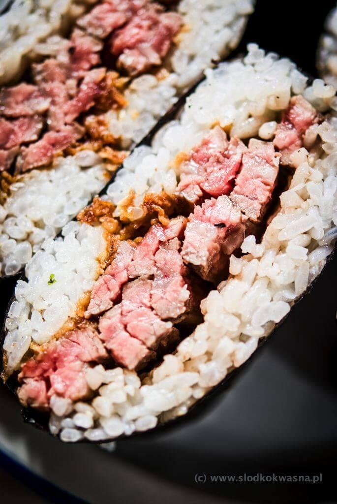 fot cookandwatch com DSCF2487 Onigirazu czyli ryżowe kanapki