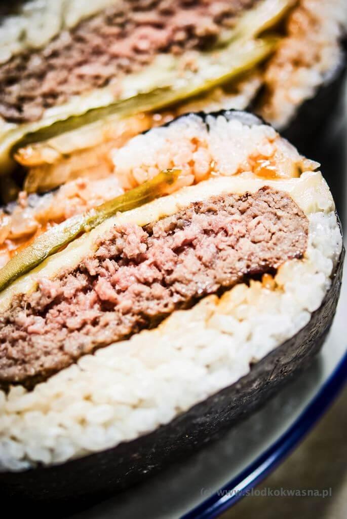 fot cookandwatch com DSCF2488 Onigirazu czyli ryżowe kanapki