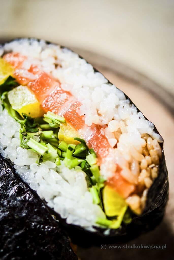 fot cookandwatch com DSCF2499 Onigirazu czyli ryżowe kanapki