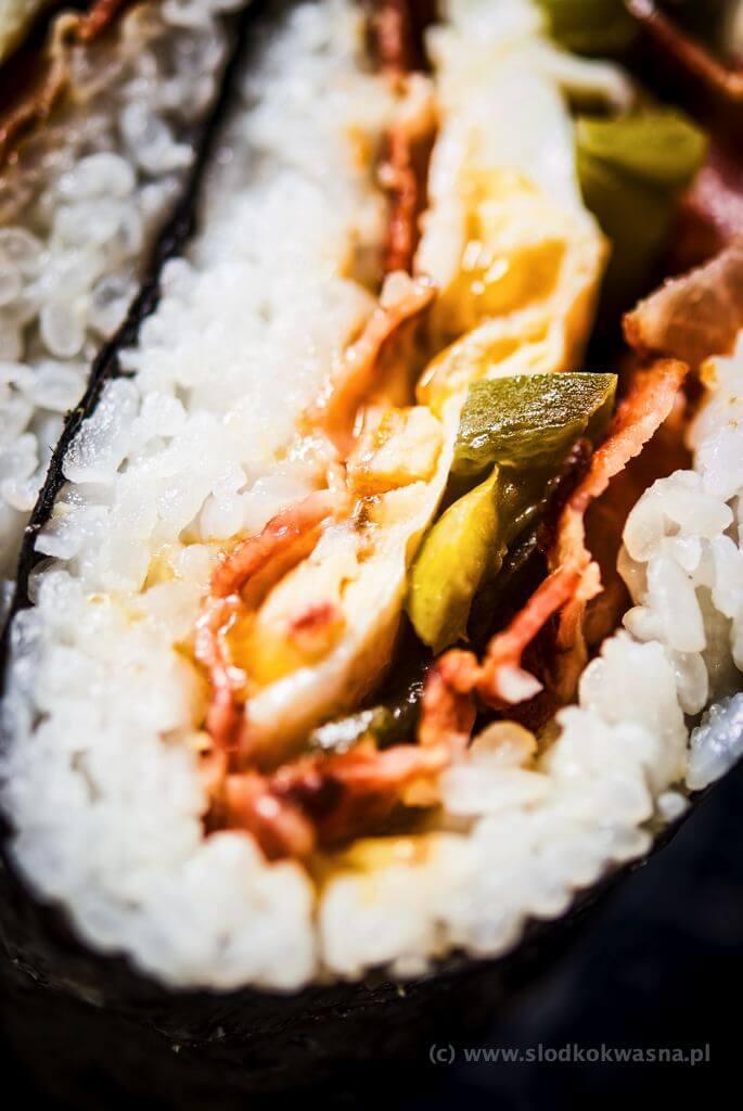 fot cookandwatch com DSCF2536 Onigirazu czyli ryżowe kanapki