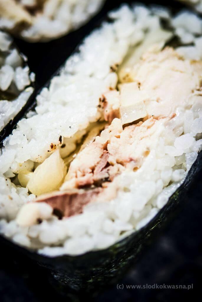 fot cookandwatch com DSCF2581 Onigirazu czyli ryżowe kanapki