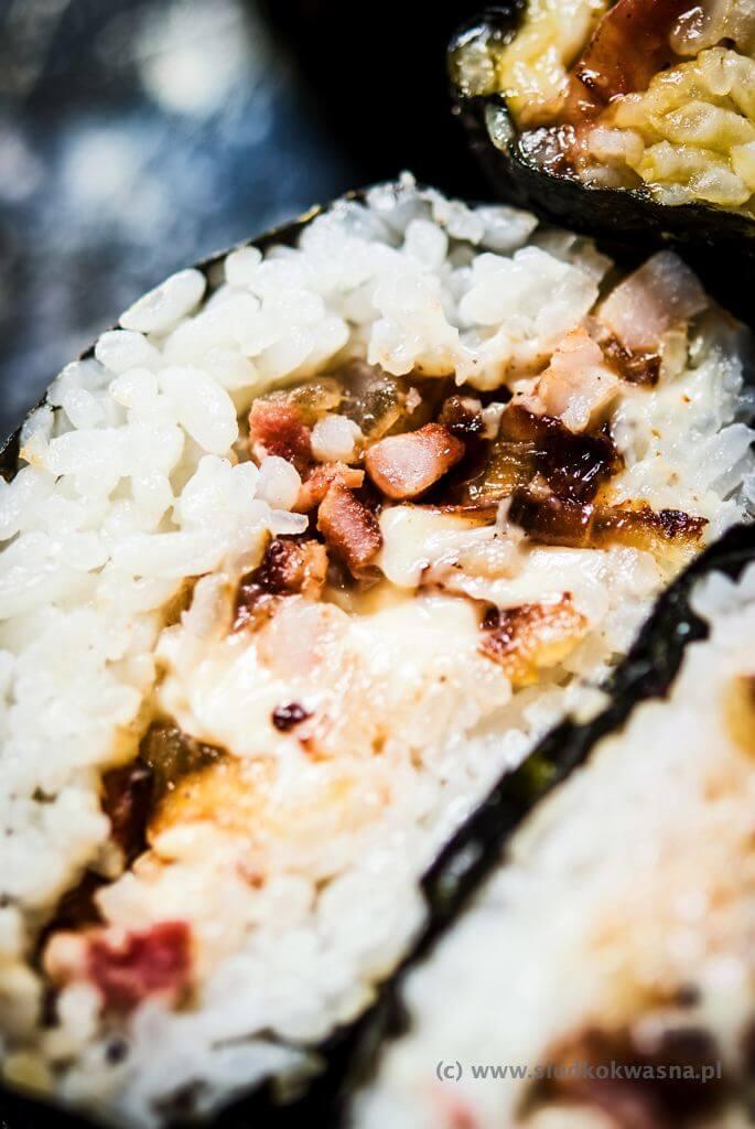 fot cookandwatch com DSCF2851 Onigirazu czyli ryżowe kanapki