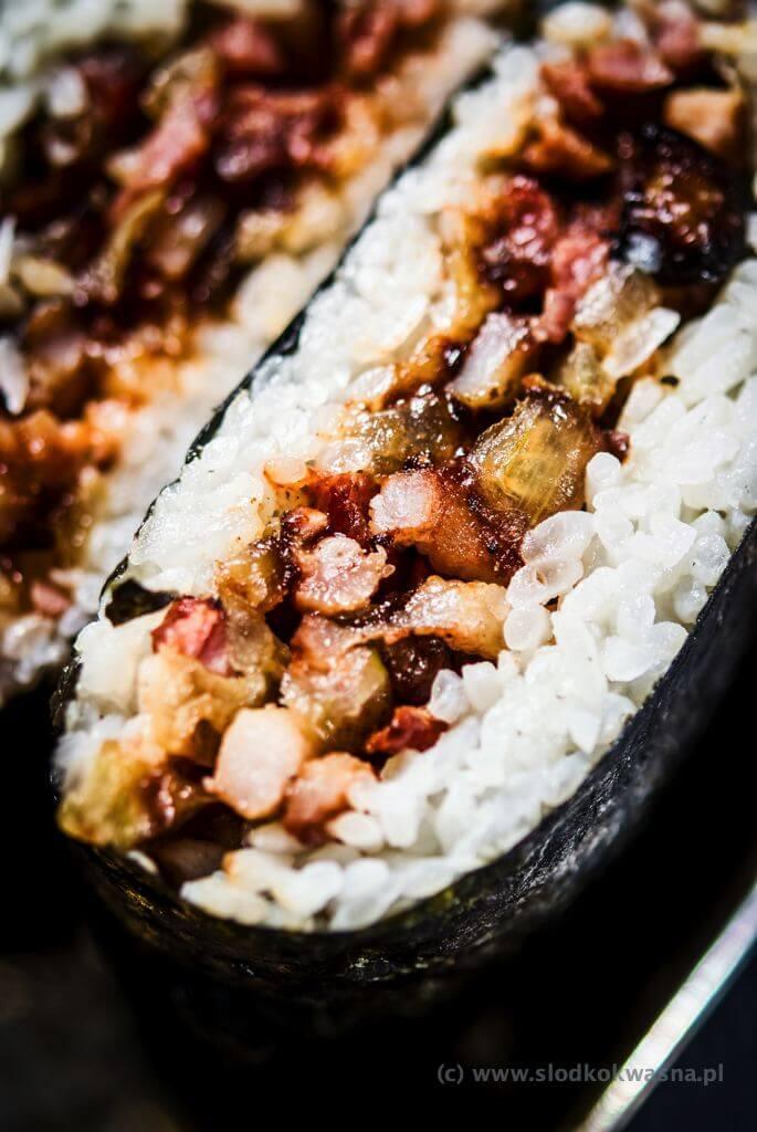 fot cookandwatch com DSCF2853 Onigirazu czyli ryżowe kanapki